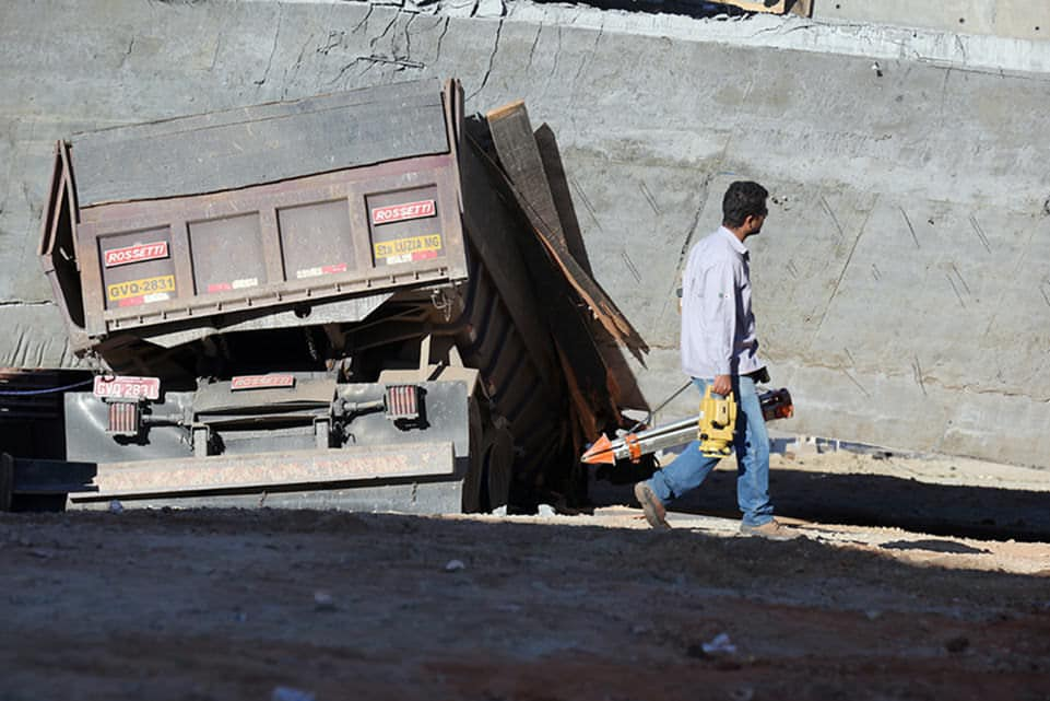 World Cup 2014 overpass collapse