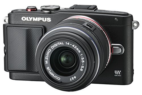 Olympus PEN E-PL6 with 14-42mm Lens