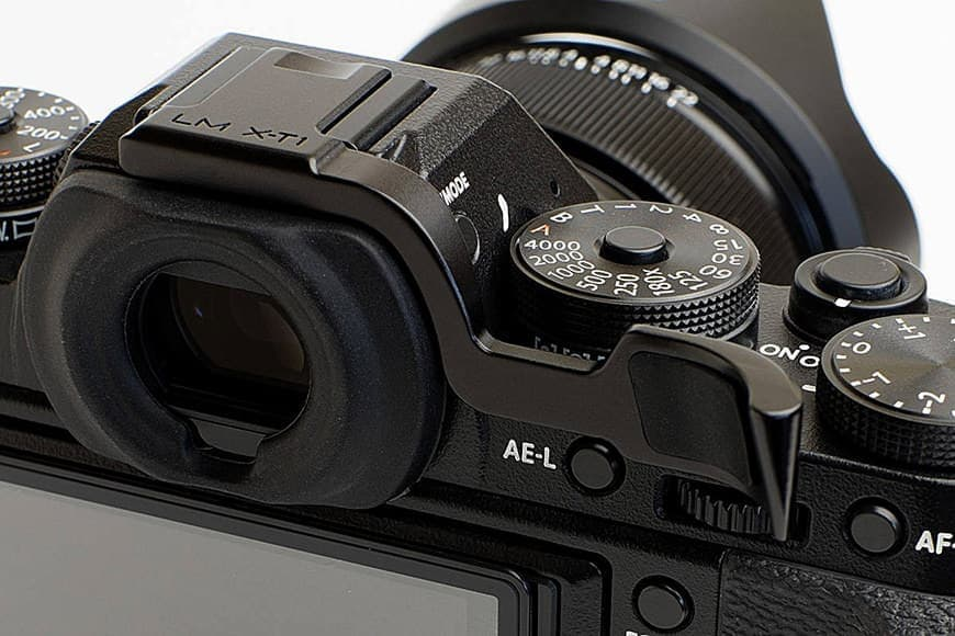 close up of shutter rial in fuji x100t review