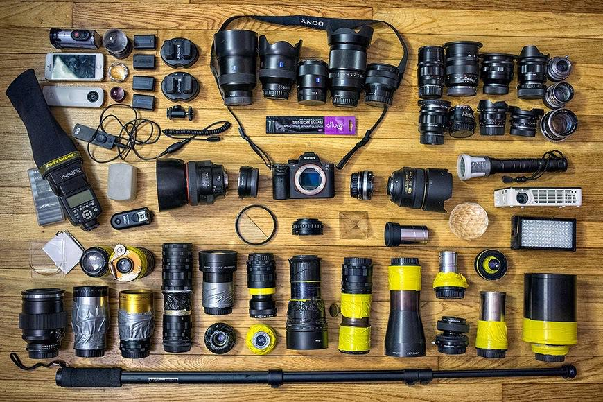 The crazy lens collection of Emin Kuliyev, who chooses to shoot with a mirrorless Sony a7rII and a whole host of lenses meant for dSLR cameras.