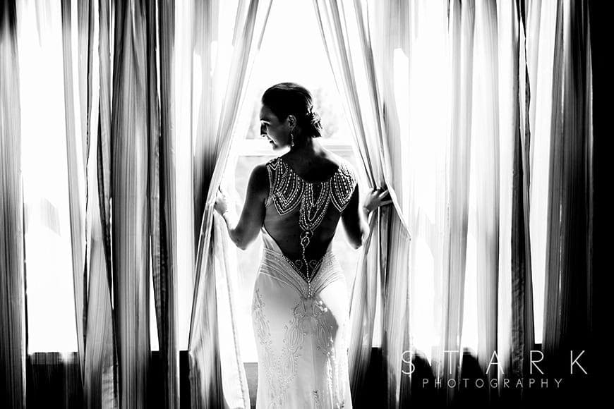 A beautiful black and white bridal portrait by Stark Photography shot with a 6D Mark ii
