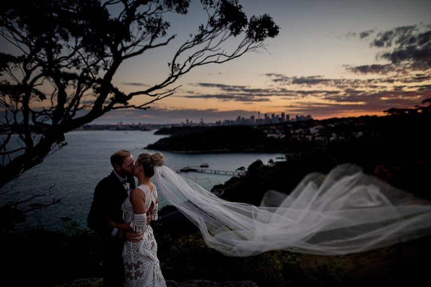 Outsourcing for wedding photographers