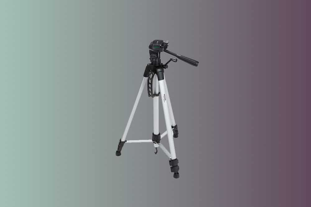 cheap-camera-tripod-amazonbasics