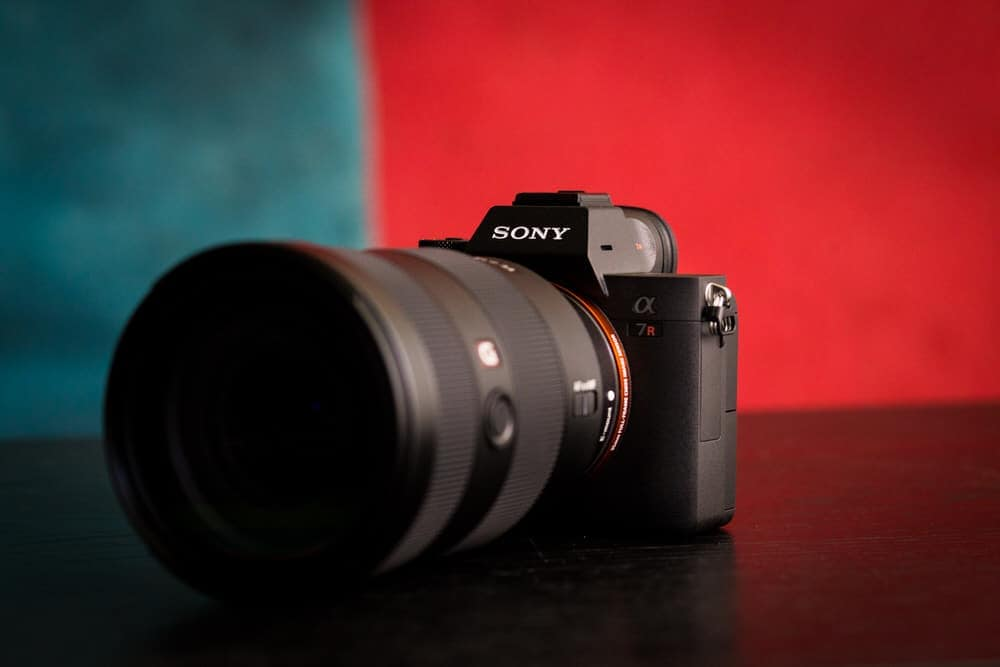 Sony a7Riii Review by Stark Photography - still life shot of the Sony a7Riii with the 24mm-70mm 2.8 Lens