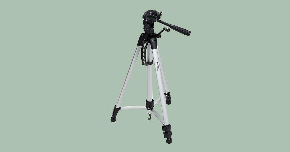 Best Tripod for DSLR Cameras [Affordable + Reliable]