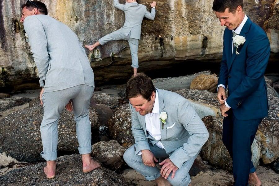 tips - groomsmen wedding photography