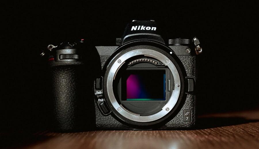 NIkon Z7 Review - Specs and image sensor