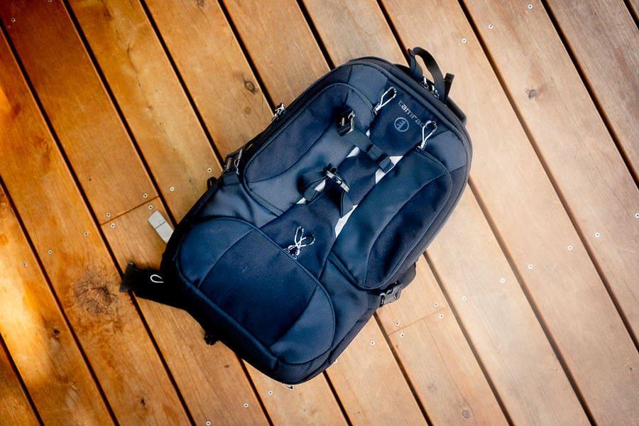Tamrac Anvil 27 camera bag
