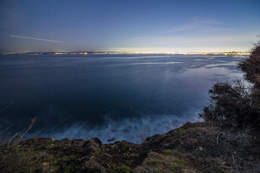 Rokinon 14mm AF Lens Comparison Nightscape Cityscape