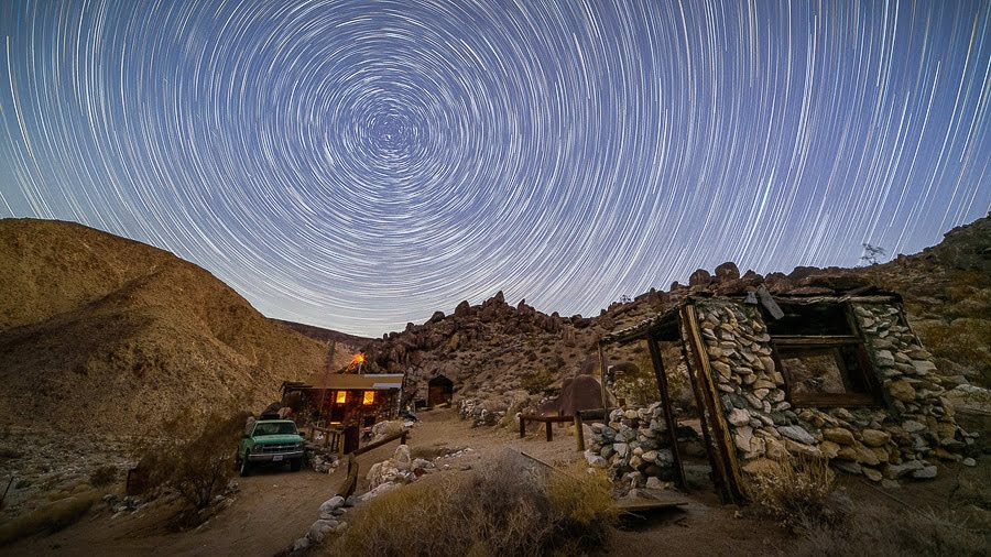 Best Camera Tripod Guide star trail nightscape photography