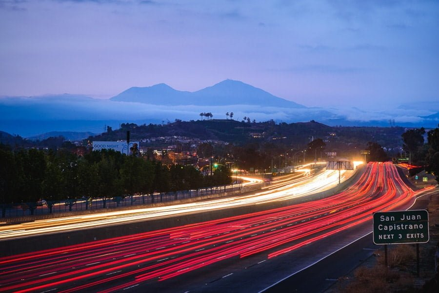 how to do long exposure photography with car blur on the road