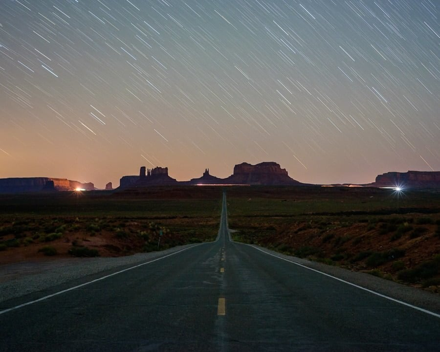 How to photograph long exposure star trails at night