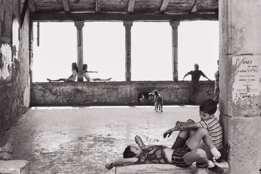 Henri Cartier-Bresson documentary photographer / street photography