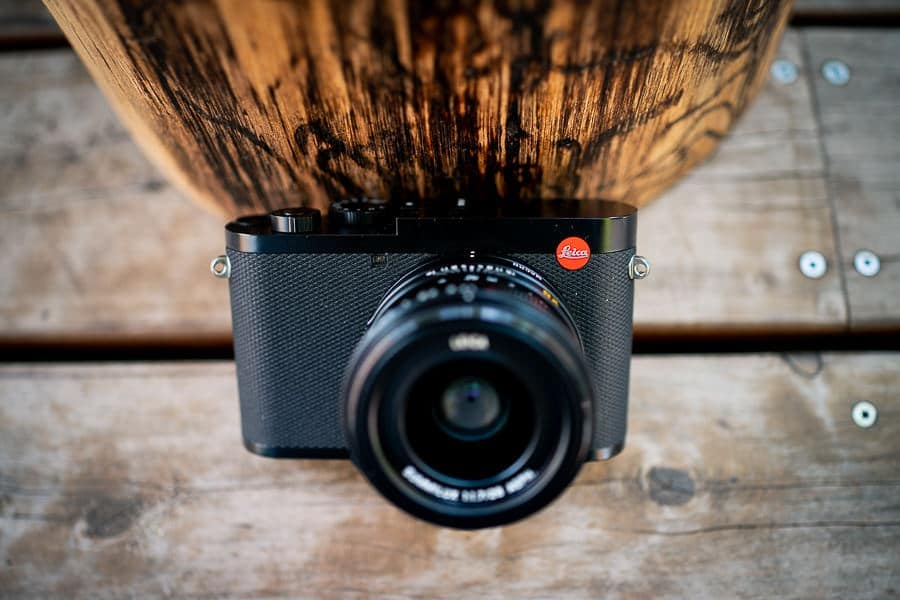 Leica Q2 - amazing electronic viewfinder. Better than canon powershot and sony cyber-shot rx100 series.