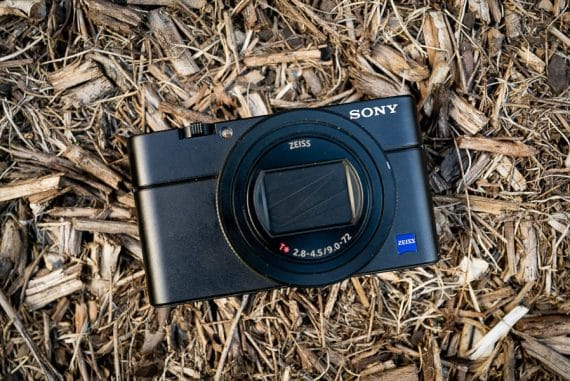 sony r100vi camera review