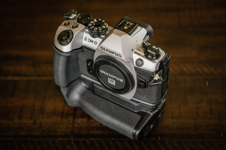 CLose up front view of the Olympus OM-D EM1 II