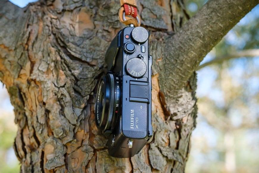 Fujifilm X70 review small solid camera