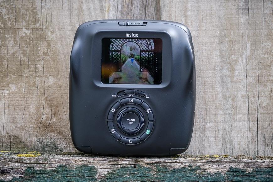 Fujifilm SQ20 LCD screen