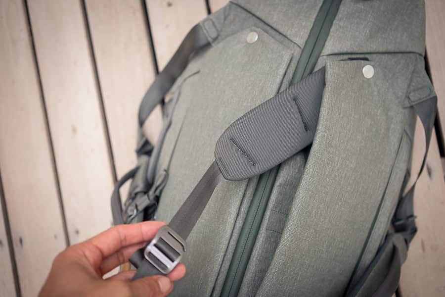 Duffelpack waist straps