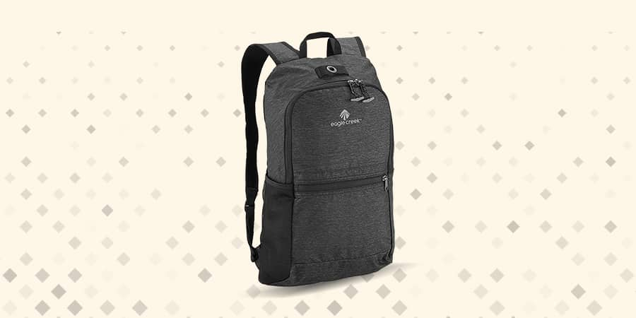 Eagle Creek Packable Daypack only 142 grams - lightweight structure packs to store various loads w/ ykk zippers but no sternum strap. These packs can carry a lot and lightweight
