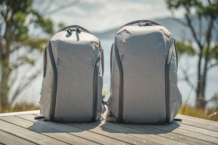 The Peak Design Everyday Backpack Zip features a smooth and stylish urban inspired design with laptop sleeve and magnetic shoulder straps
