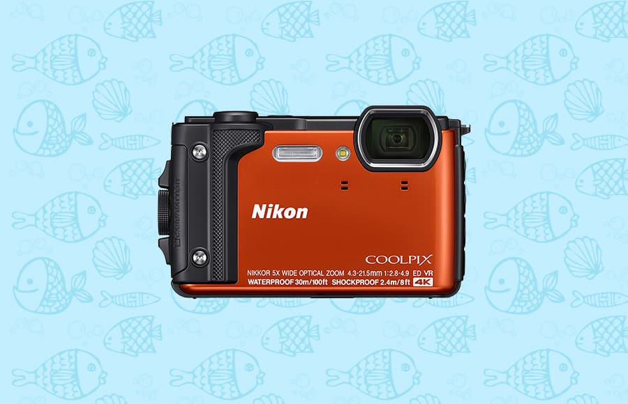 high video resolution 4k, good zoom range and quality sensor make the coolpix one of the best waterproof cameras