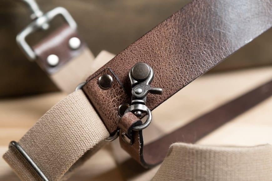 shoulder strap system