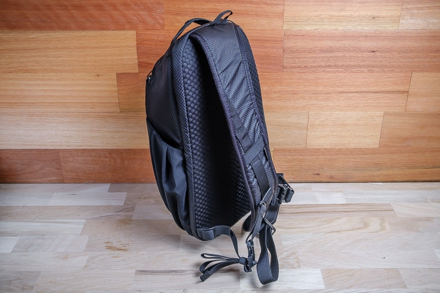 Being a sling, the Camsafe X9 has a single, well-padded and adjustable strap