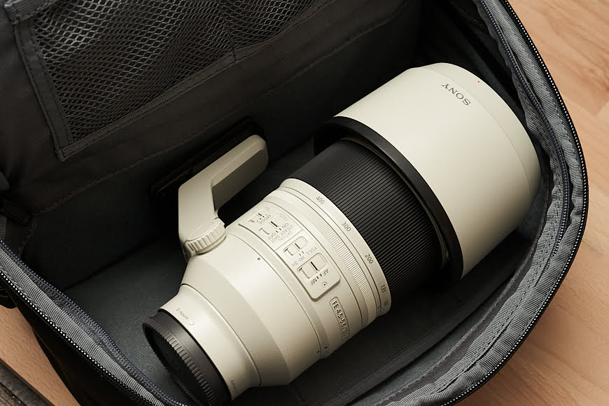 The top compartment of the Cecilia Mercator 16L could double as an additional lens storage location if you're desperate to bring that extra-long lens – although it's not something I'd recommend.