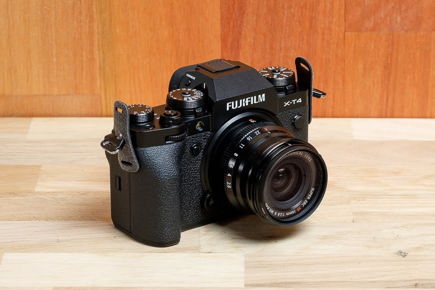 Fujifilm X-T4 as street photography camera