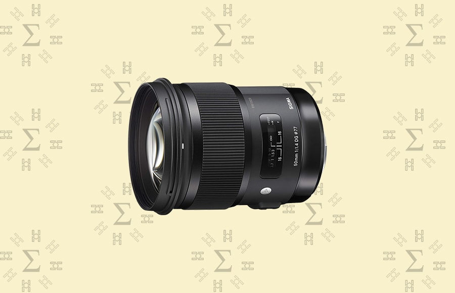 Sigma 50mm f/1.4 DG HSM Art - wide aperture lens with Super Multi-Layer Coating