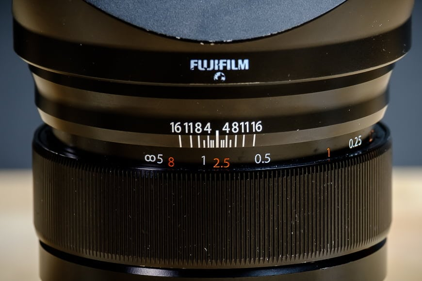 A clutch pull manual focus ring makes adaptive focusing easy with the Fuji XF 16mm f/1.4