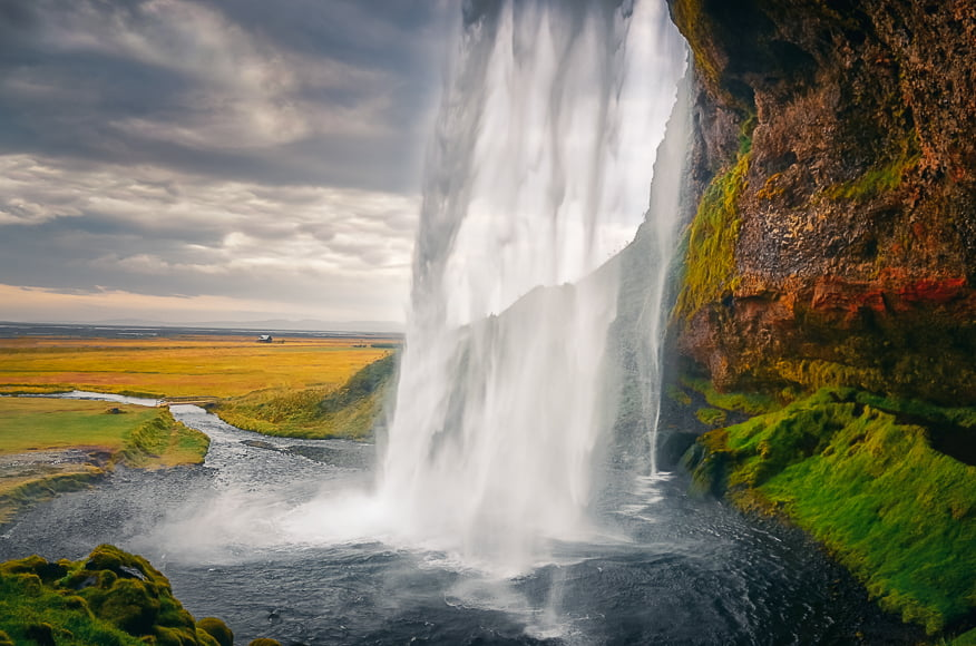 Landscapes on the continent of Iceland where photography opportunities abound.