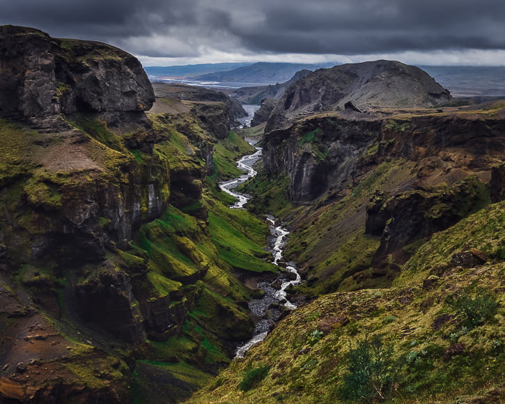 Thórsmörk national park - this nature reserve national park looks like a valley of the gods.