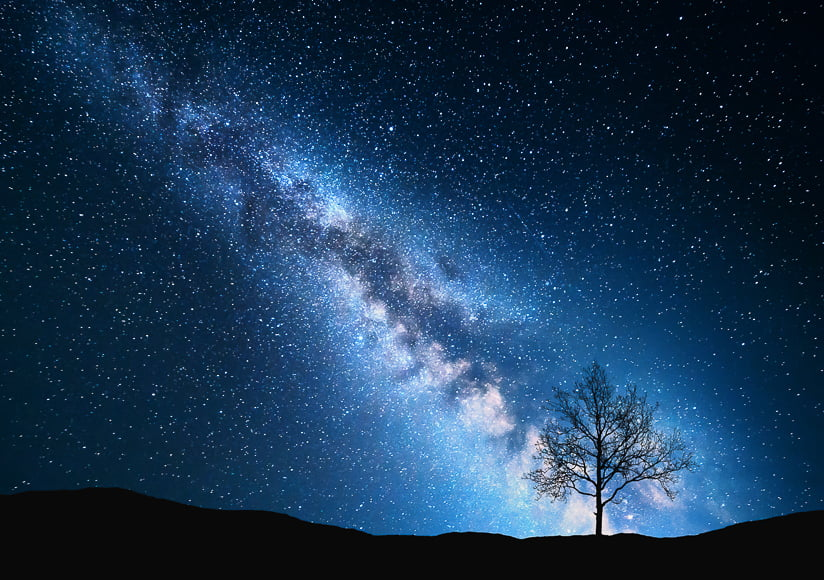 photography night sky - shooting landscapes in low lighting conditions