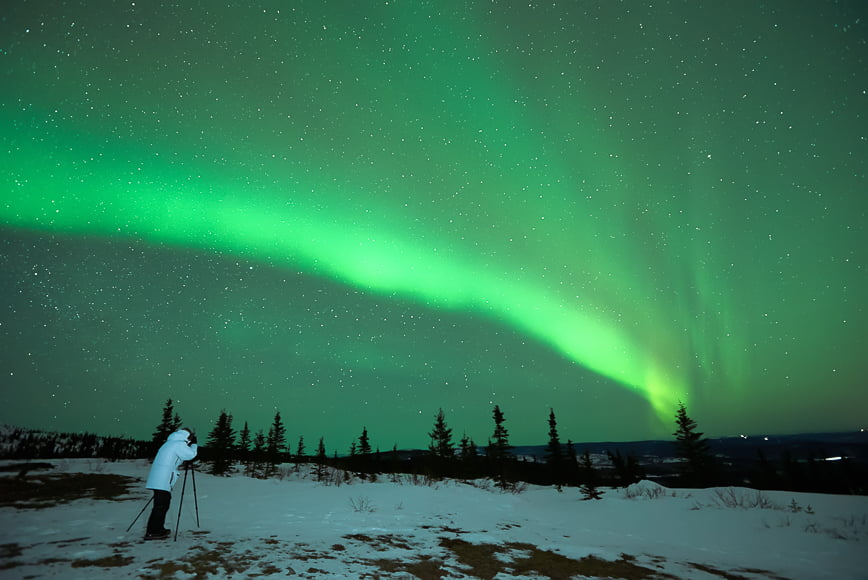 Northern lights photography guide – low cloud cover in clear skies is essential for clear night photography of northern lights.