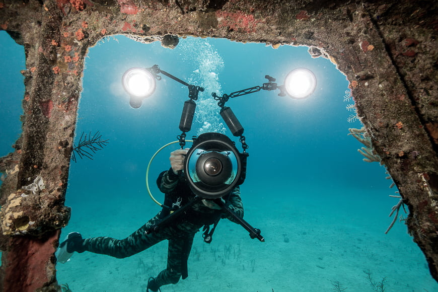 Deep sea photos require additional lighting. Some divers use a strobe or light to shoot photos of wrecks.