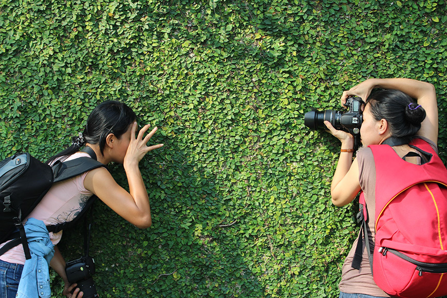 How to get into photography - take photos of friends