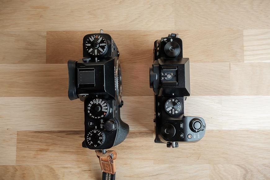 Fujifilm X-S10 compared to the X-T3