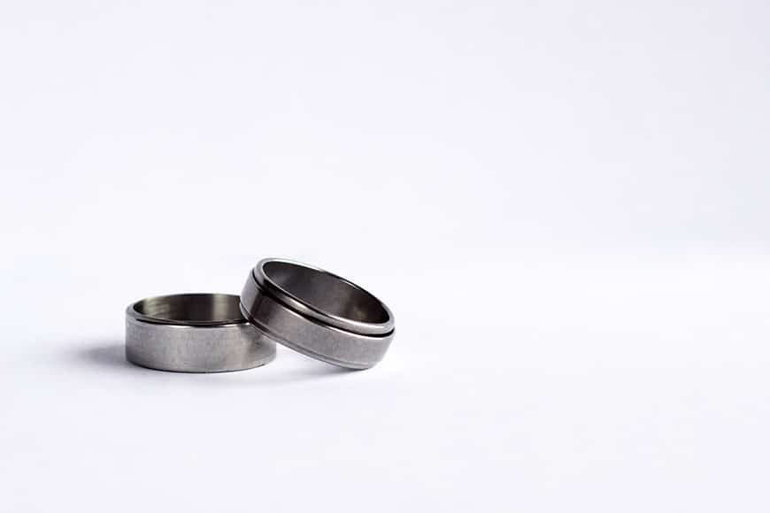 photography jewelry - two wedding bands