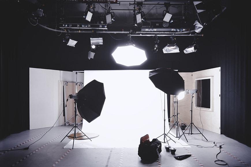 studio-lights