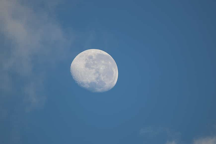 Daytime photograph of the moon