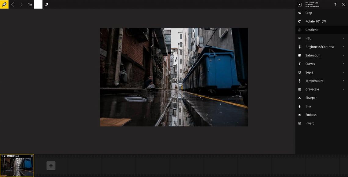 Free programs allow you to convert Nikon raw photographs.