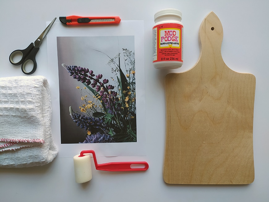 Materials needed to do a photo transfer from laser printer paper to wood