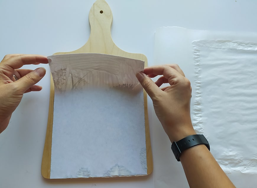 Applying a printed photo to a wooden board